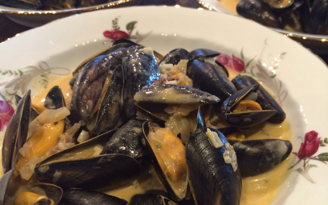 Coconut and coriander mussels