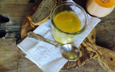 Butternut pumpkin, apple & curry soup
