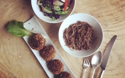 Black beans and red rice rissoles