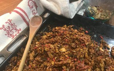 Roasted turmeric & ginger granola