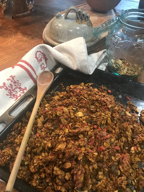 Roasted turmeric & ginger granola